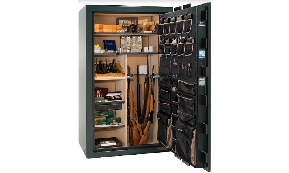 Cabela's Magum 40 with door open